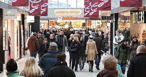 Einkaufsfieber im ganzen Land - hohe Umsätze erwartet (Bild: Christian Forcher)