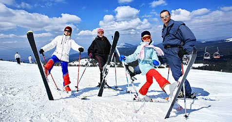 Der Berg ruft - Feiertagsspaß auf der Piste (Bild: © 2009 Photos.com, a division of Getty Images)