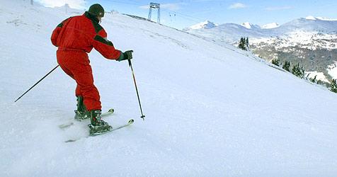 Zwei Skifahrer in Saalbach kollidiert - Kopfverletzungen (Bild: Christof Birbaumer)