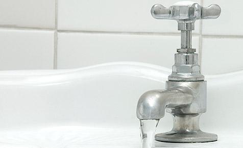Verdünnte Pestizide - keine Gefahr für Trinkwasser (Bild: © 2010 Photos.com, a division of Getty Images)