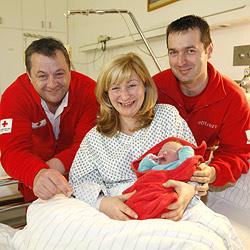 Baby hatte es eilig und kam am Weg ins Spital zur Welt (Bild: Markus Tschepp)