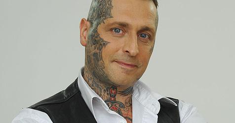 """Kandidat verlässt """"Big Brother"""" am ersten Tag (Bild: RTL II)"""