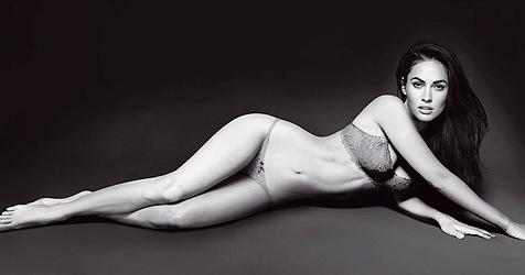 So sexy wirbt Megan Fox für Giorgio Armani (Bild: Emporio Armani)