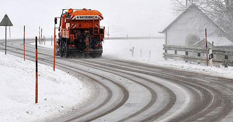 35.000 Tonnen Salz um 3,5 Millionen Euro gestreut (Bild: dpa/Rolf Haid)