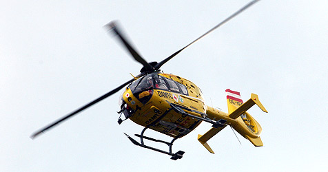 Zwei Männer bei Arbeitsunfällen schwer verletzt (Bild: Peter Tomschi)