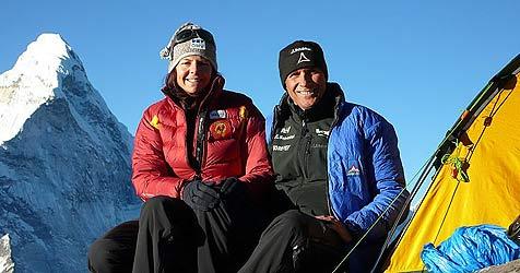 Kaltenbrunner und Dujmovits bereit für Gipfelsturm (Bild: Göttler)