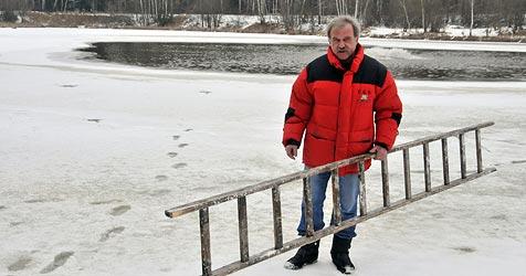 Fischer rettet vier Menschen aus eisigem Badeteich (Bild: Wolfgang Weber)
