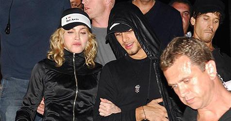 Madonna will von ihrem jungen Lover schwanger werden
