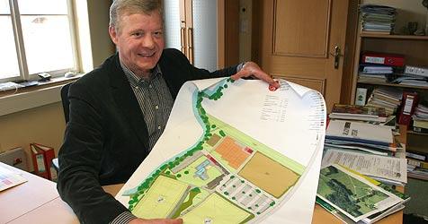Nußdorf plant einen neuen Anlauf für das Schwimmbad (Bild: Melanie Hutter)