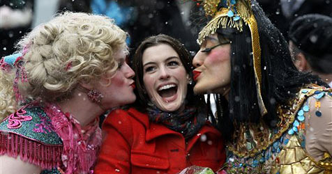 """Anne Hathaway ist die """"Hasty Pudding Woman of the Year"""""""
