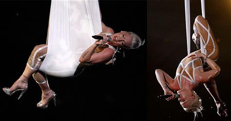 """Pinks """"nackter"""" Auftritt bei der Grammy-Gala"""