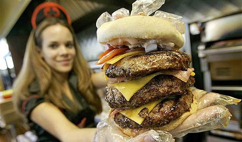 """Herzinfarkt-Grill"" verklagt in den USA ""Herzstillstand-Grill"" (Bild: AP)"