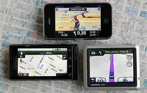 Apps verdrängen klassische Navis aus dem Auto