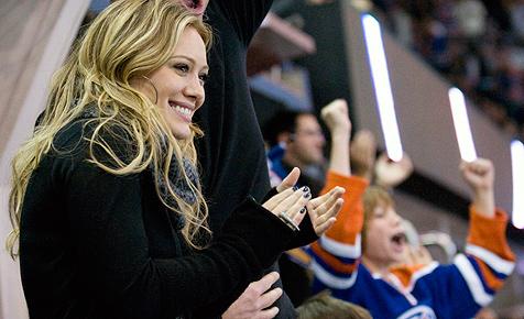 Hilary Duff hat sich mit Eishockey-Spieler verlobt