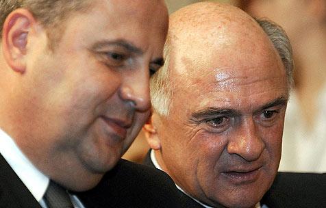 Josef und Erwin Pröll einig bei Budgetsanierung (Bild: APA/HERBERT P. OCZERET)