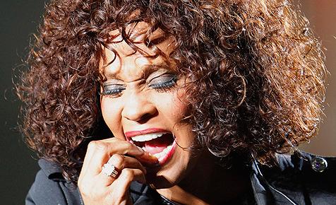 Whitney Houston weist Drogen-Gerüchte zurück
