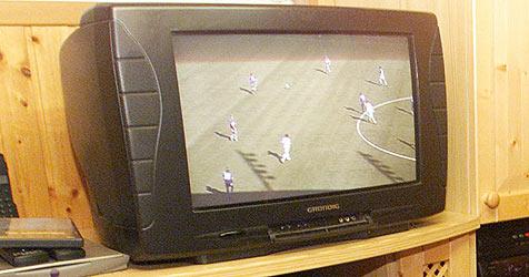 Niederländer wirft Fernseher aus 4. Stock seines Hotels (Bild: Andi Schiel)