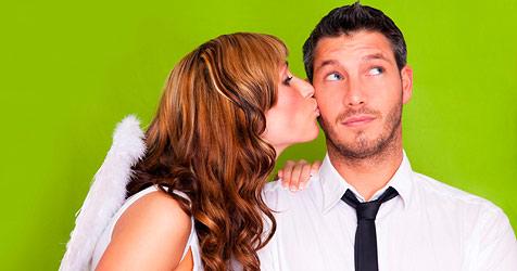 Die besten Flirt-Tipps für Schüchterne (Bild: © 2010 Photos.com, a division of Getty Images)