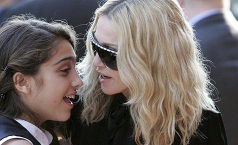 Madonna designt Sonnenbrillen für Dolce&Gabbana