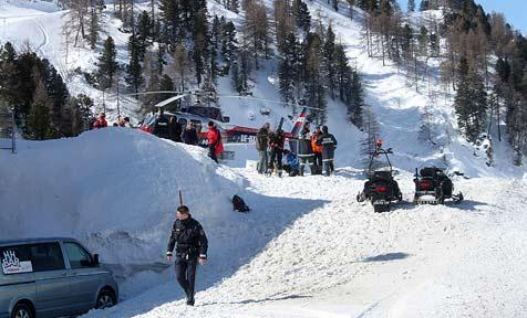Skisportler Anton Ully bei Tour von Lawine mitgerissen (Bild: APA/AKTIVNEWS F.M.)