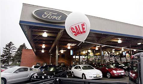 Autohändler legt 100 Wagen über das Internet lahm (Bild: AP)