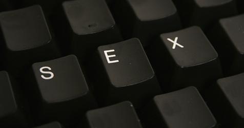 Erneut 72.000 Nutzer von Porno-Site blo�gestellt (Bild: � 2010 Photos.com, a division of Getty Images)