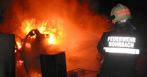 Baucontainer in Flammen - Einsatz in Rohrbach (Bild: FF St. Florian)