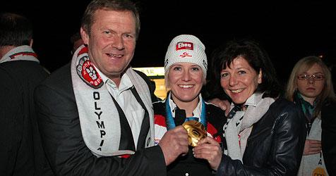 "Dorfplatz in Eben heißt jetzt offiziell ""Olympiaplatz"" (Bild: Andreas Kreuzhuber)"