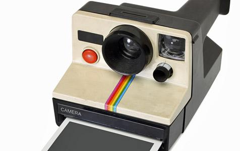 Polaroid 1000 kommt noch heuer zurück (Bild: © 2010 Photos.com, a division of Getty Images)