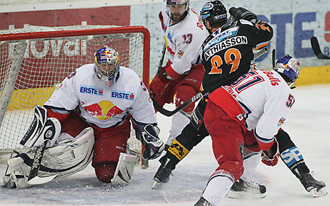 3:4 - Black Wings verlieren zu Hause - Salzburg Meister! (Bild: APA/RUBRA)