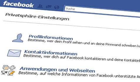 Täter holen Infos über Einbruchsziele im Internet (Bild: facebook.com)
