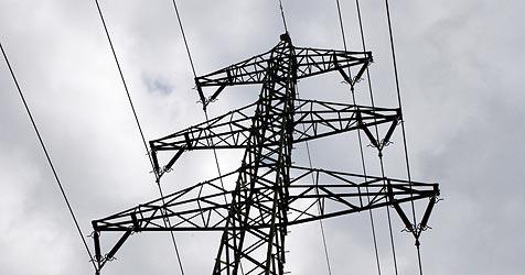 """380 kV-Freileitung in der Kritik - """"Erd-Kabel ist Lösung"""" (Bild: Jürgen Radspieler)"""