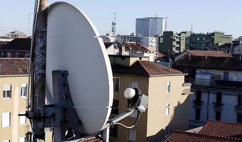Astra stellt 2012 analoge Sat-TV-Ausstrahlung ein (Bild: AP)