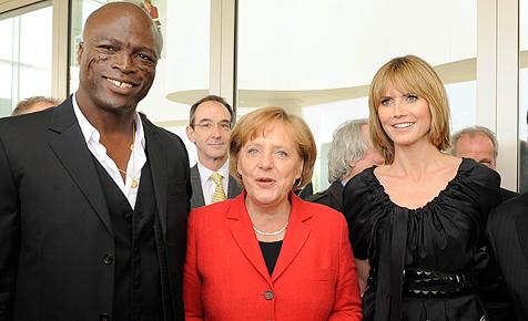 """Germany""s Merkel"" trifft ""Germany""s Topmodel"" Klum"