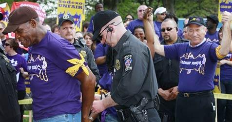 Danny Glover bei Demonstration festgenommen