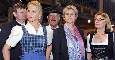 """Rosenkranz feiert in """"Voni""""s Stadl"""" bei """"Heimatlandfest"""" (Bild: APA/HERBERT P. OCZERET)"""