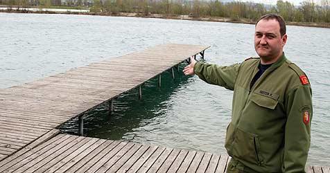 Labiler 20-Jähriger droht mit Auto in See zu fahren (Bild: Wenzel)