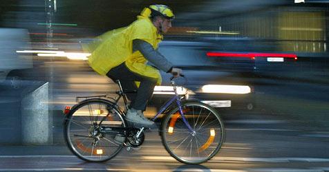 Viele Experten fordern Helmpflicht auch für Radfahrer (Bild: obs/DVR/Dvr)
