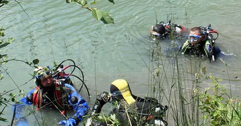 41-jährige Polin in Steyr tot aus Wasser geborgen (Bild: APA/AKTIVNEWS R.D.)
