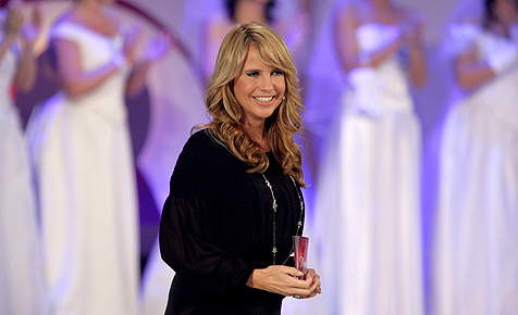 TV-Star Linda de Mol verschenkt Callboys zum Abo