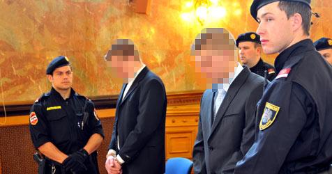 Burschen wegen Mordversuchs an Taxler vor Gericht (Bild: Wolfgang Weber)