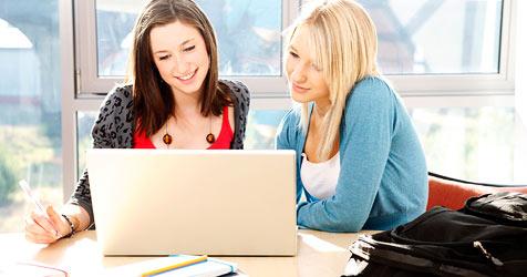 Informatik für unsere Schüler wichtigstes Fach (Bild: © 2010 Photos.com, a division of Getty Images)