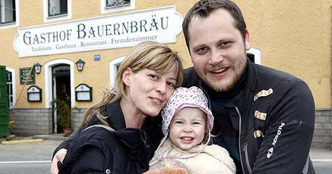 """Nach der Flut jetzt großes Aufräumen im """"Bauernbräu"""" (Bild: Markus Tschepp)"""