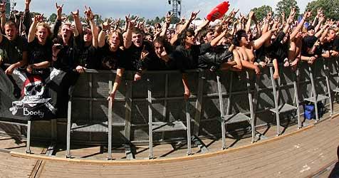 Geplantes Konzert von Hooligan-Band in Henndorf (Bild: EPA)