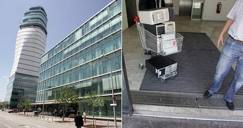 Haussuchungen am Flughafen Wien und bei Baufirmen (Bild: Andi Schiel)