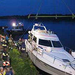 Binnen zwei Tagen Ruderboot und Yacht in Seenot (Bild: FF Landshaag)