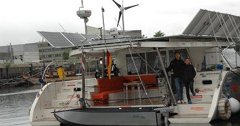 Erster Solarsegler der Welt auf dem Weg nach Osten (Bild: Johann Haginger)