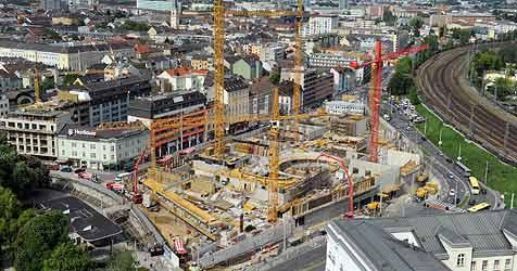 Opernhaus soll bereits 2012/13 bespielt werden (Bild: APA/BARBARA GINDL)