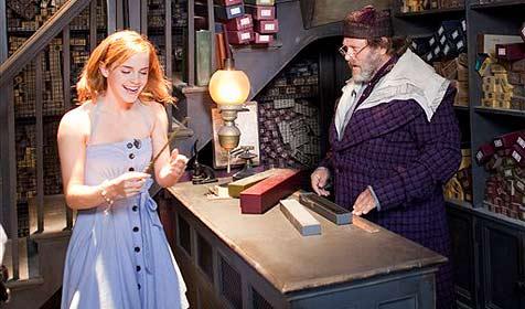 """""""Hermine"""" zu Gast im Harry-Potter-Vergnügungspark (Bild: AP)"""
