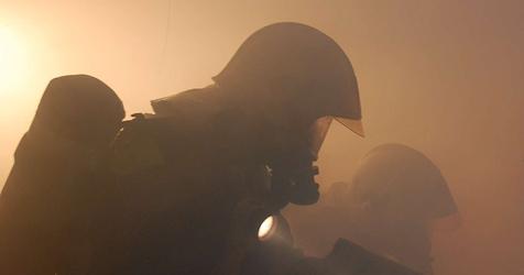 NÖ: Pensionist (87) erlitt bei Brand Rauchgasvergiftung (Bild: BFKDO Mödling)
